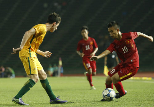 Nguyễn Khắc Khiêm, a forward in the Number 10 jersey, leaves strong imprints on the Vietnam U16's style