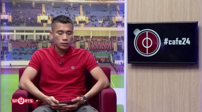 Cảm động tình anh em của 2 cầu thủ đặc biệt nhất U20 Việt Nam